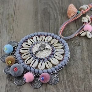 Longhorn Conch Shell Statement Necklace